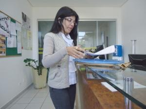 Eliane Braga Silveira, professora de matemática, foi à sede do MPE para pedir orientações – Foto: Wender Carbonari